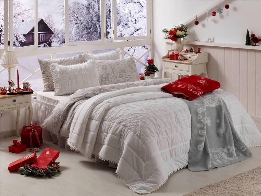 English_Home_Christmas_Ball